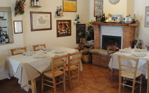 Agriturismo la Candina del Nonno | La sala 'Camino'